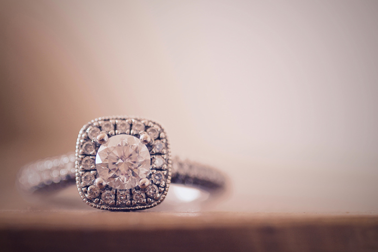 best time to sell your diamond ring after divorce