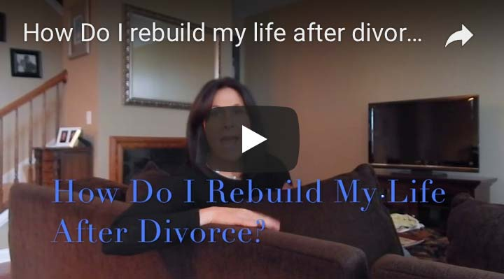 Divorced Girl Smiling advice video