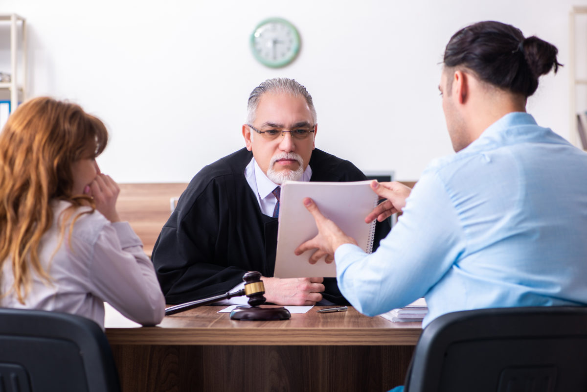 can I get divorced without a lawyer